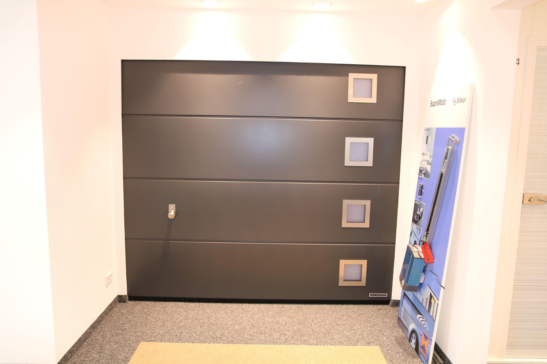 t ren fenster und garagentore finger baustoffe gmbh. Black Bedroom Furniture Sets. Home Design Ideas